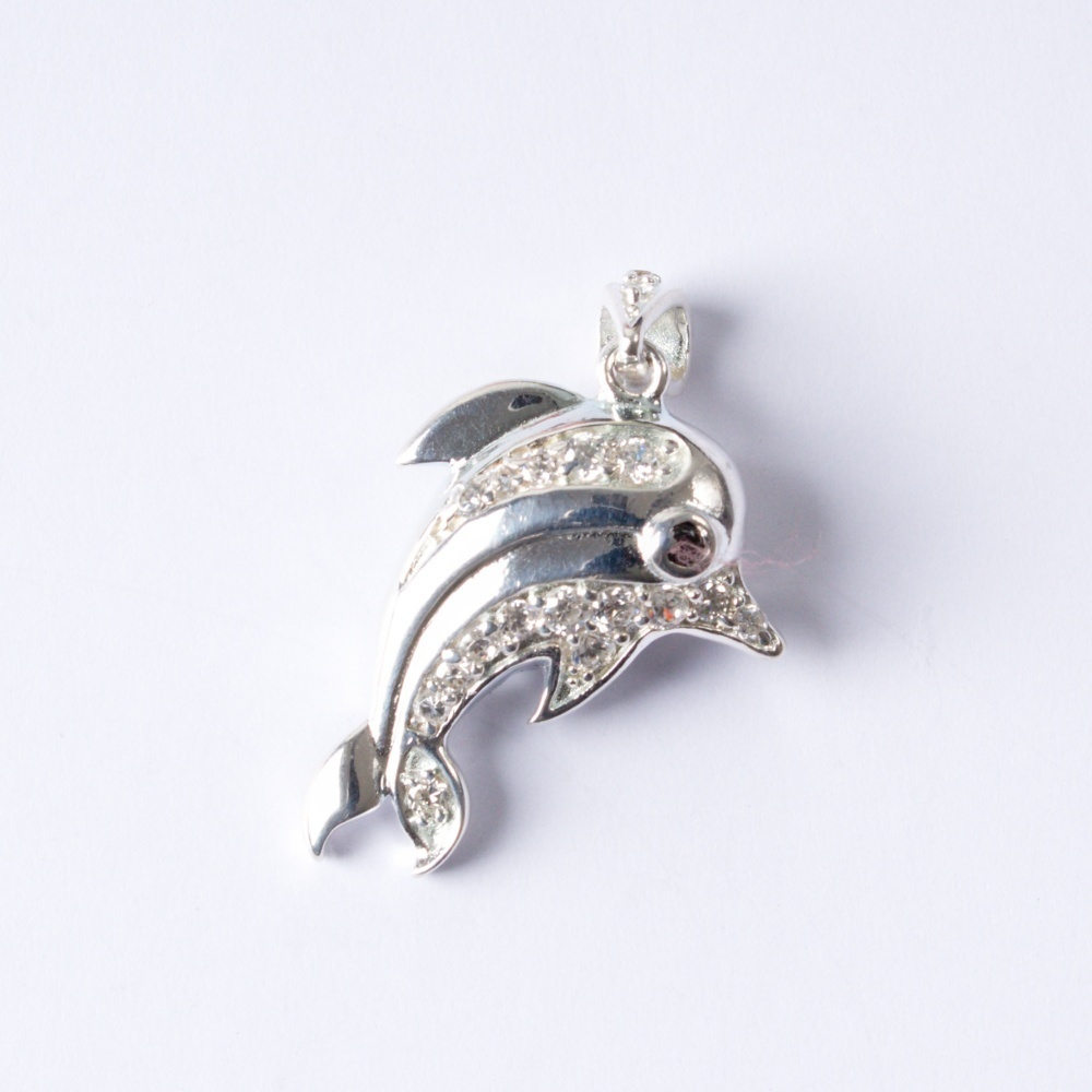 Strieborný prívesok Delfínik