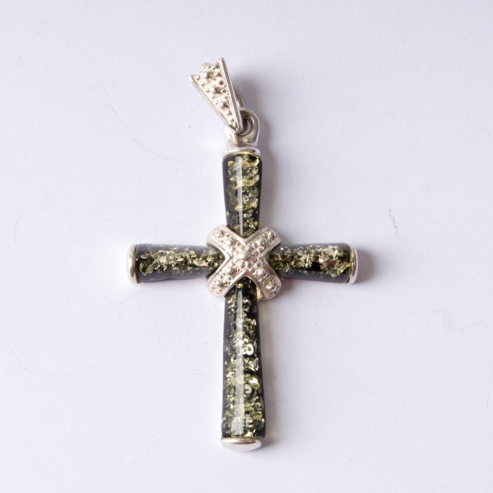 Strieborný prívesok krížik17