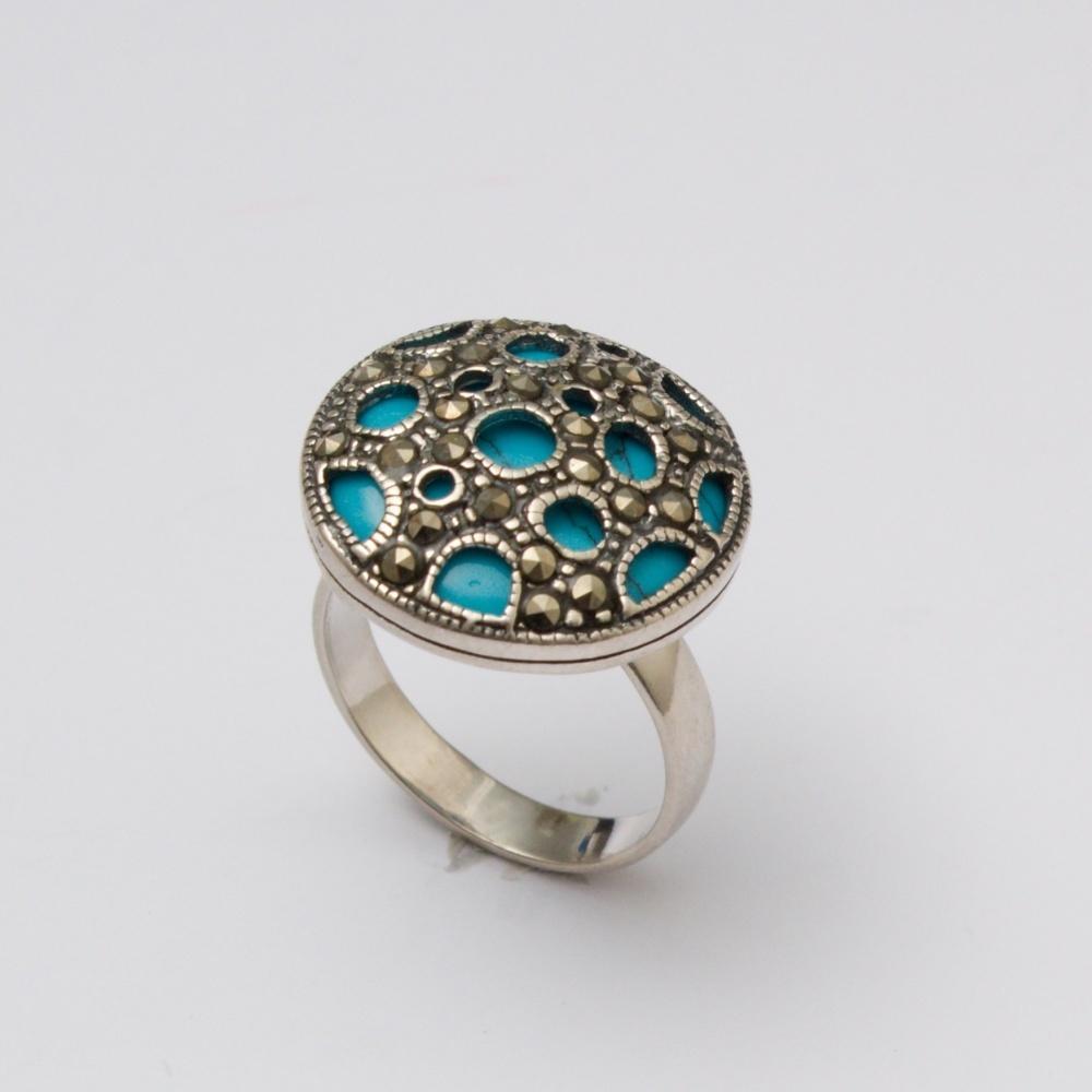 Strieborný prsteň Orient