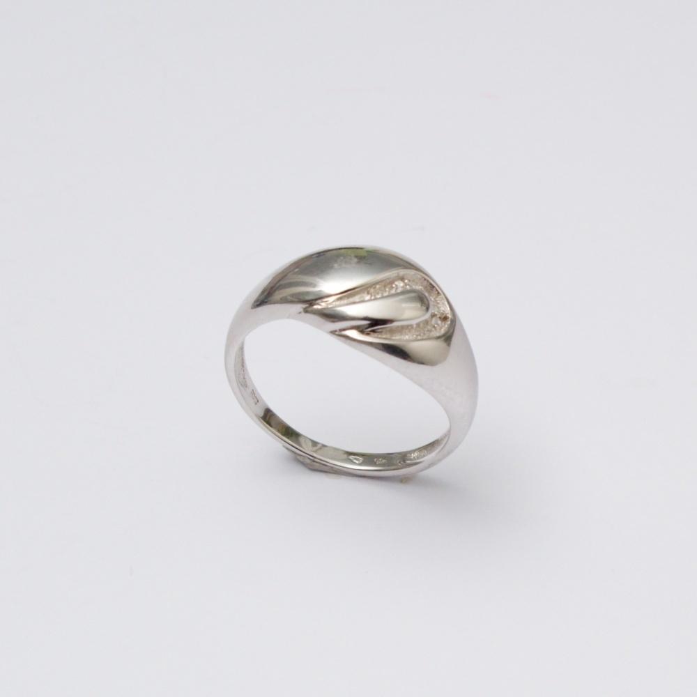 Strieborný prsteň  záliv