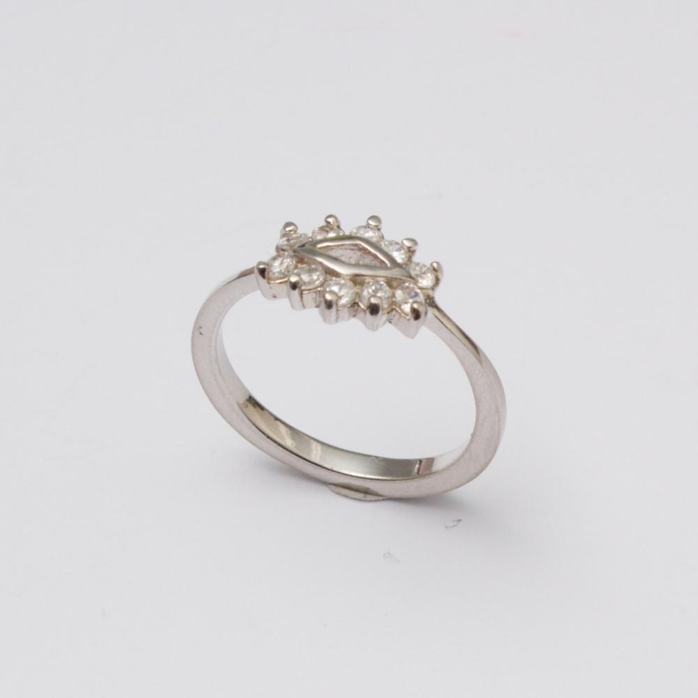 Strieborný prsteň dračie oko