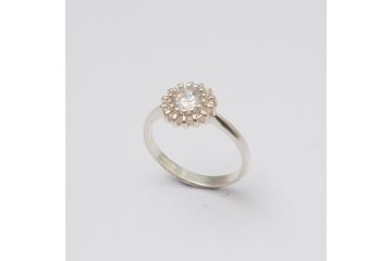 Strieborný prsteň Zora