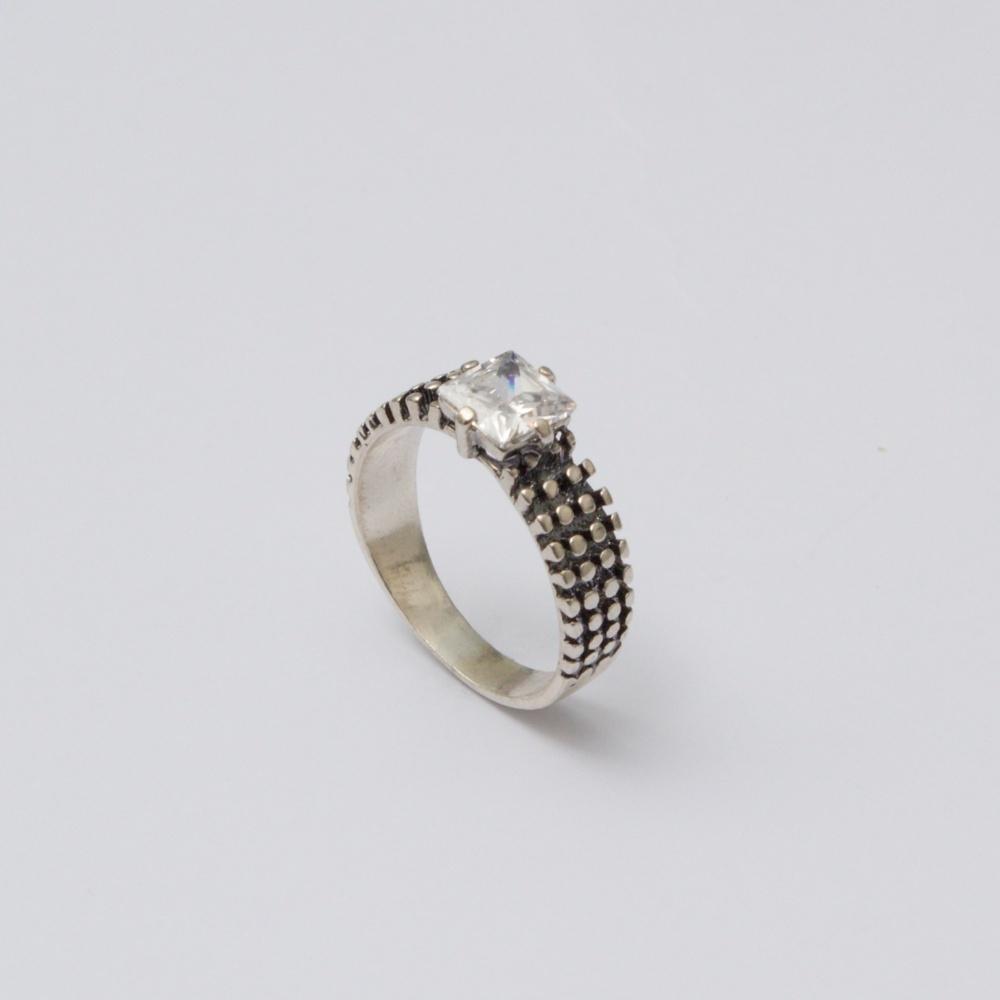 Strieborný prsteň Fredy