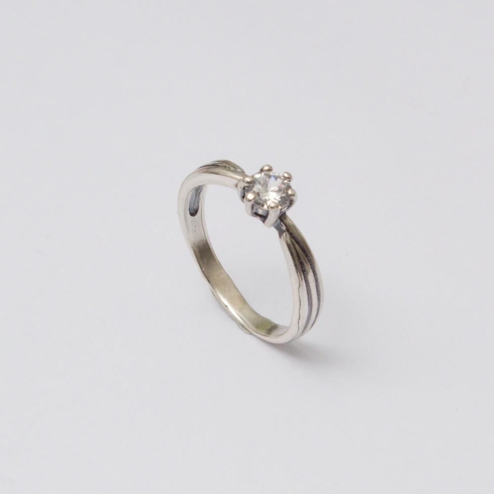 Strieborný prsteň Joe